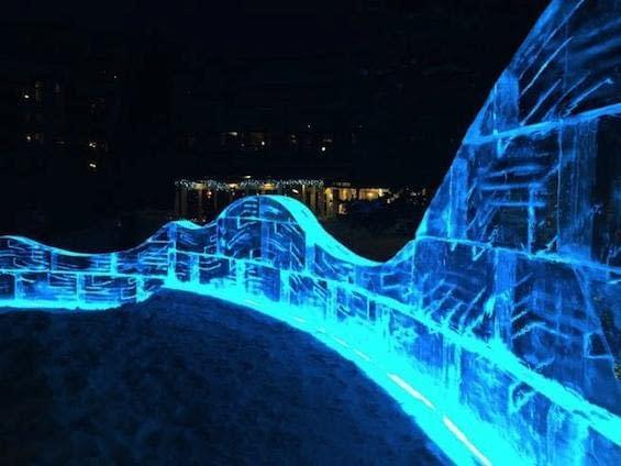 La-Tour-Vail-Events-Arches-Paul-Wertin-Colorado-Ice-Sculpture-Apres-Vail-Village